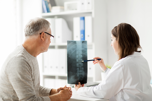 Spine Doctor Consultation